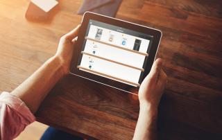 Mejora la organización y gestión de tus documentos con las categorías y carpetas urCollection, la app para equipos comerciales